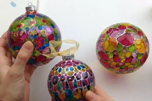 In her Skillshare class, instructor Windy Iris demonstrates how to make painted holiday ornaments.