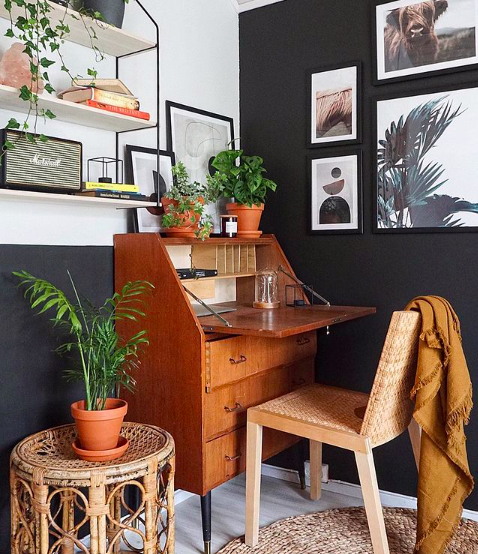 Source:    Instagram     This chair can pull double duty for work and play.