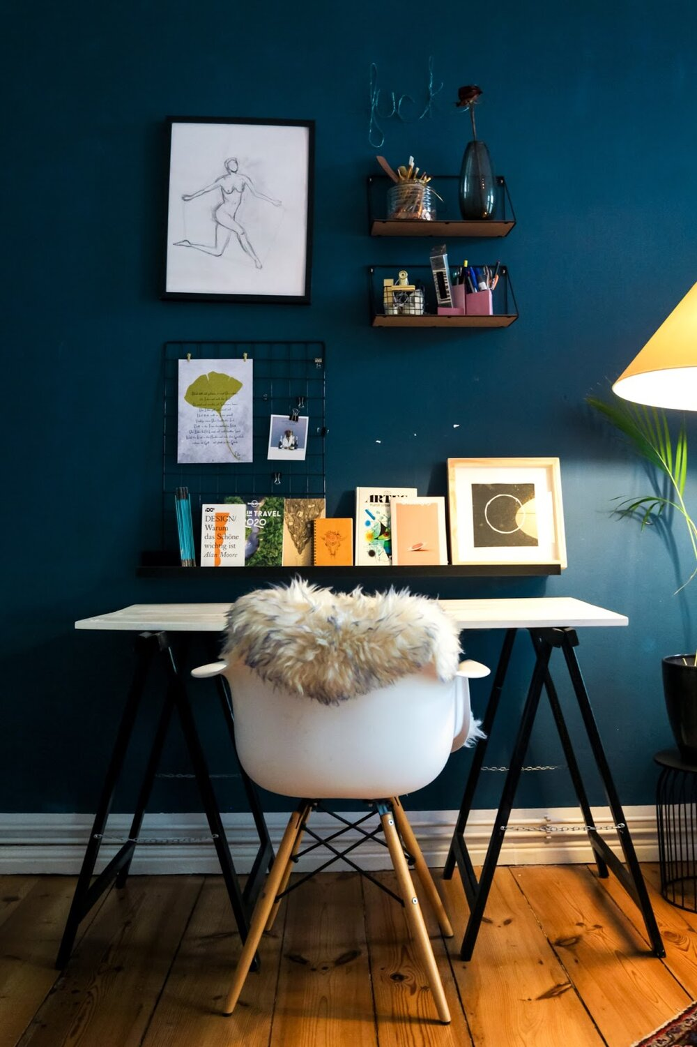 Source:    Unsplash     An accent wall in any shade can be a fantastic addition to your home office.