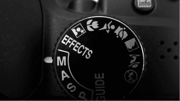 Master your DSLR camera in Manual mode with  Carly .